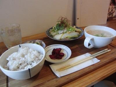 豚肉と白菜の蒸し煮定食