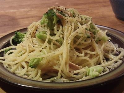 ツナとブロッコリーのスパゲティ