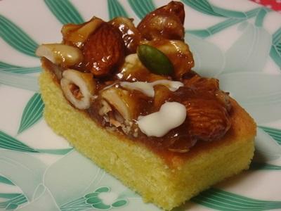 ベイクドアルル 5種のナッツ贅沢キャラメルケーキ