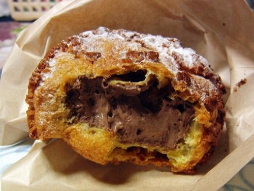 岩石シュー 季節のクリーム チョコレート