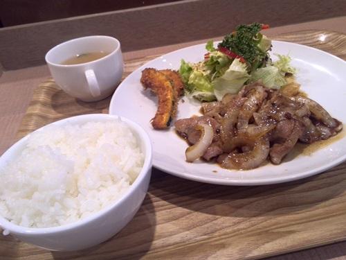 CReBar 生姜焼き定食