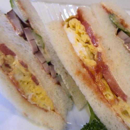 ぶらっく ミックスサンドイッチ