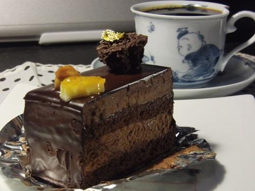 オレンジアッシュ チョコレートケーキ